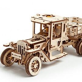 Camión UGM-11
