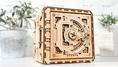 Cómo configurar un código personal al ensamblar una caja fuerte Ugears