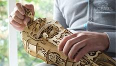 Ugears La Zanfoña: inspirado en artesanos medievales y diseñado con amor por la música