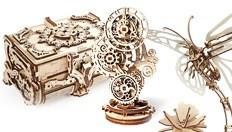 Ugears presenta el Cofrecito de época de madera, la maqueta-autómata Mariposa y el Reloj retrofuturista