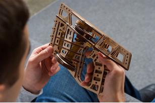 Flight Starter mechanical model kit