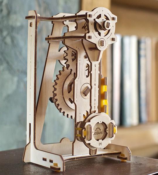 UGEARS STEM lab Pendulum