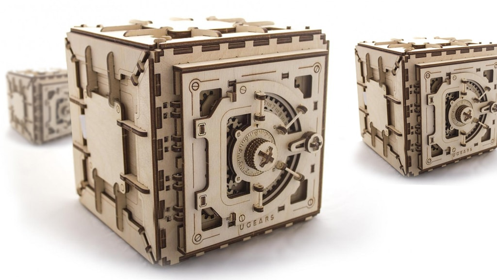 Safe mechanical model kit and puzzle box