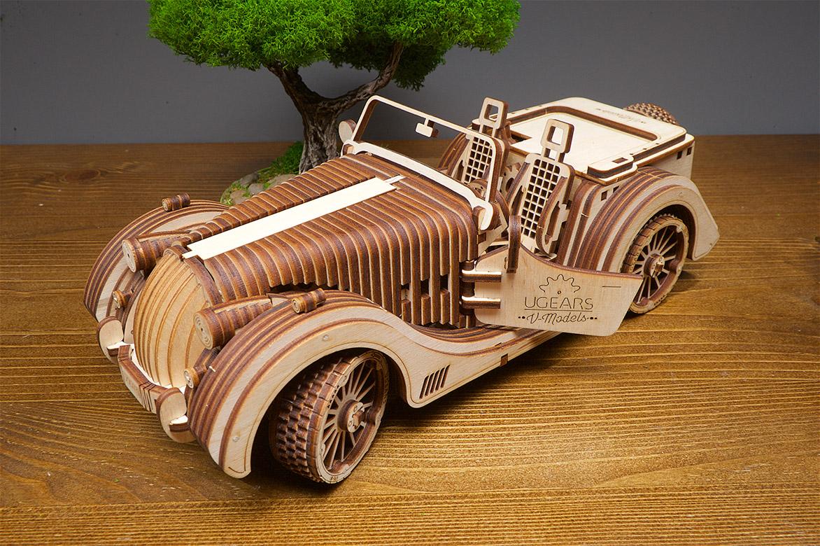 Ugears wooden mechanical DIY 3D puzzle Roadster VM-01