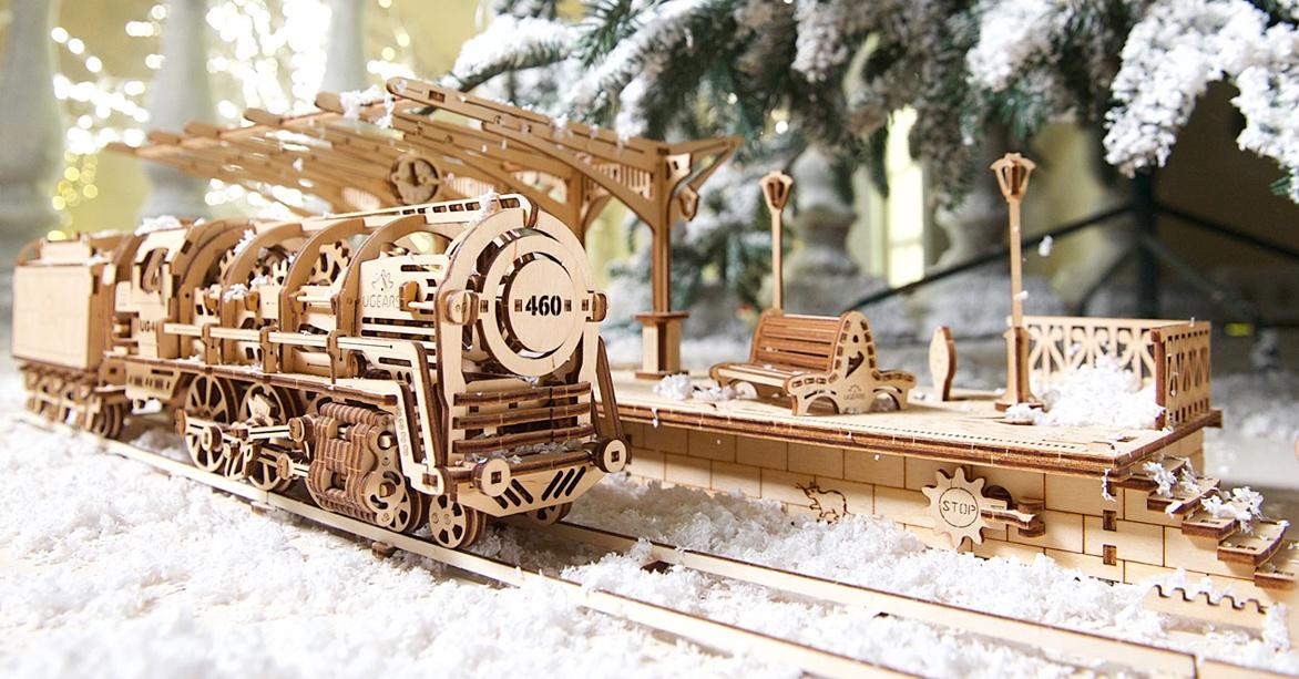 Steam Locomotive with tender «UGEARS 460»
